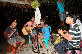 Mungil Steak House Entertainment in Pangandaran