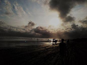Keindahan Pantai Barat Pangandaran