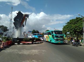 Konvoi Bus Pariwisata IPOBA ke Pangandaran