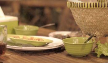 Menikmati Makan Malam Bamboo Resto Pangandaran