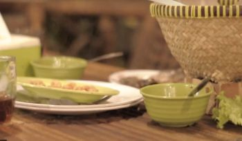 Makan Malam Bamboo Resto