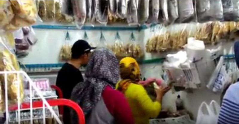 .Paling Banyak di Buru Jambal Roti Kukun Kentung Pangandaran