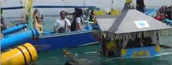 Prosesi Ngarung Hajat Laut Pangandaran