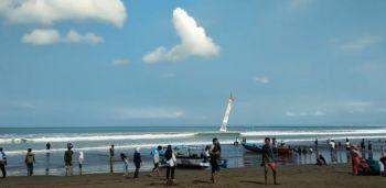 Suasana Pantai Pangandaran saat New Normal