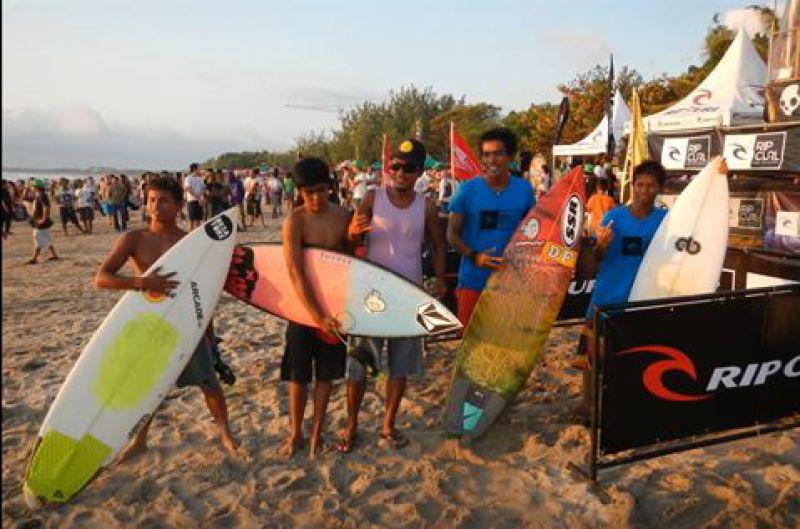 surfer pangandaran terhebat